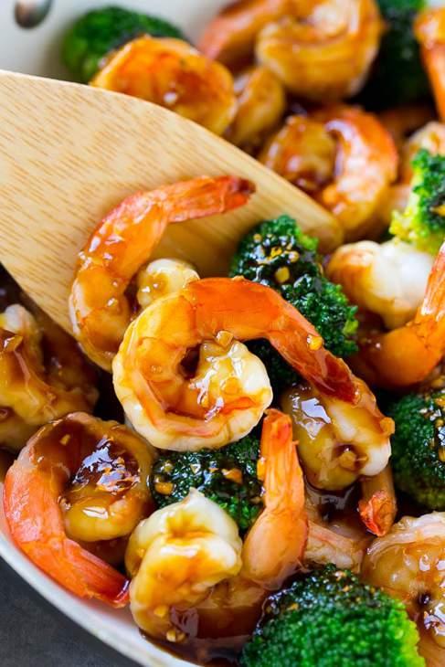 Honey glazed shrimps with broccoli.